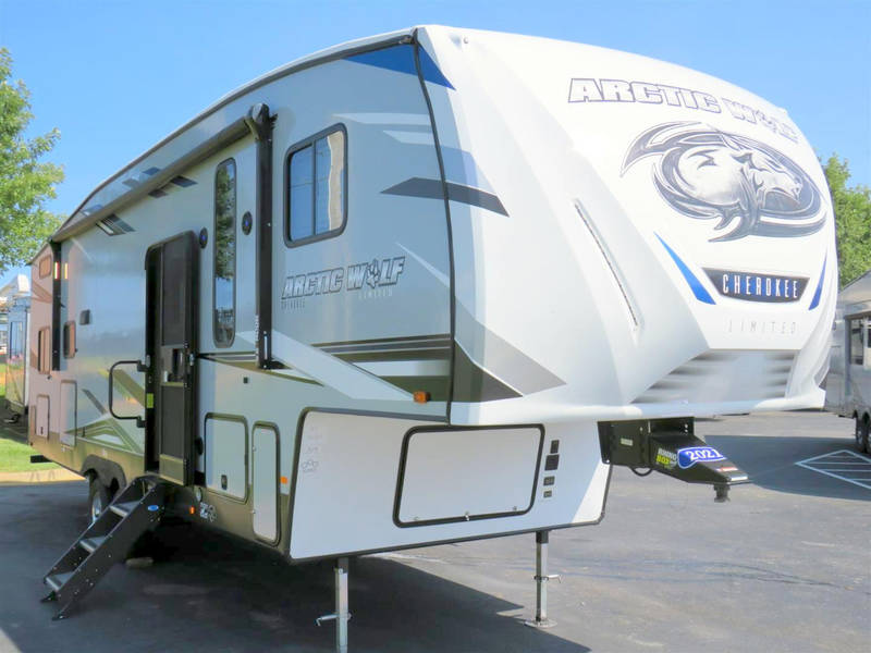 2021 Forest River Cherokee Arctic Wolf 287BH