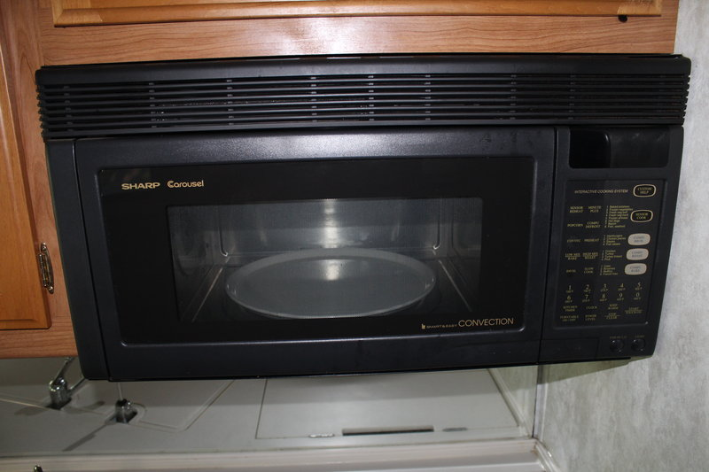 1999 Fleetwood Discovery 36T