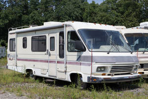 1988 National RV Dolphin