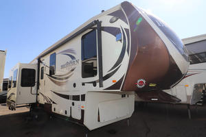 2016 Heartland Bighorn 3010RE