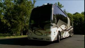2012 Prevost  H3-45 VIP TRIPLE SLIDE