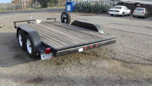 2011 Universal Haulmark CAR TRAILER