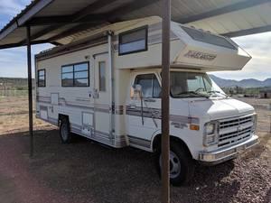 1986 Travelmaster Freeport 230