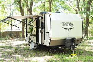 2016 Forest River Flagstaff Micro Lite 19FD