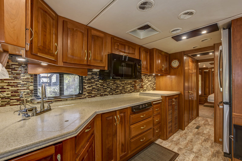 2004 Newmar Mountain Aire 4301