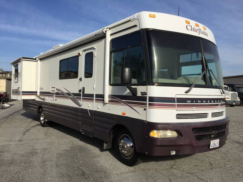 1999 winnebago chieftain 34y class a gas rv for sale by owner in brea california. Black Bedroom Furniture Sets. Home Design Ideas