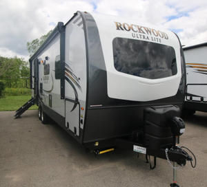2021 Forest River Rockwood Signature Ultra Lite 8335SB