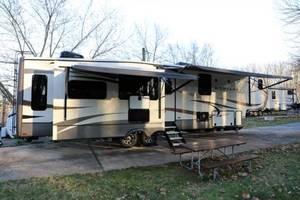 2017 Keystone Montana 3921FB