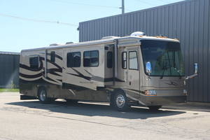 2004 Newmar Mountain Aire 4016