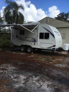 2011 Cruiser RV Shadow Cruiser 185FBS