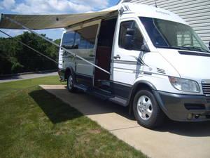 2005 Leisure Travel Vans Free Spirit 210 210A