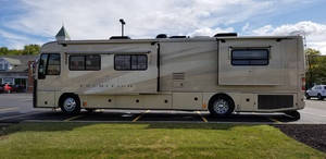 2005 American Coach American Tradition 40L