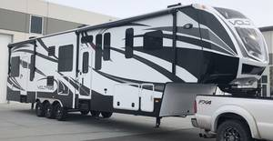 2015 Dutchmen Voltage Epic 3970