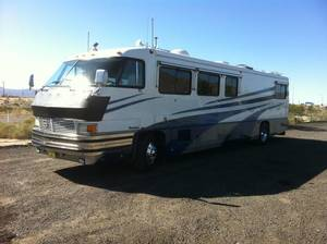 1989 Foretravel Motorcoach Grand Villa U300
