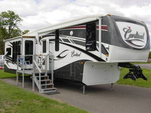 2009 Forest River Cardinal 3515LX
