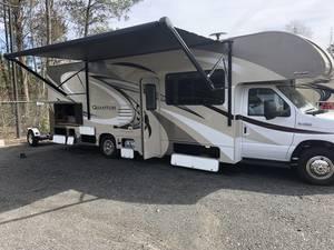 2018 Thor Motor Coach Quantum RQ29