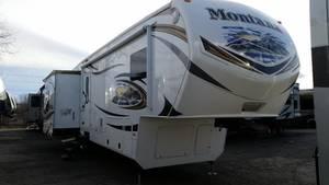2013 Keystone Montana 3752RL