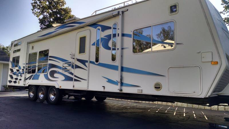 2008 Weekend Warrior FSW3200, Toy Haulers RV For Sale By Owner in West milford, New Jersey   RVT