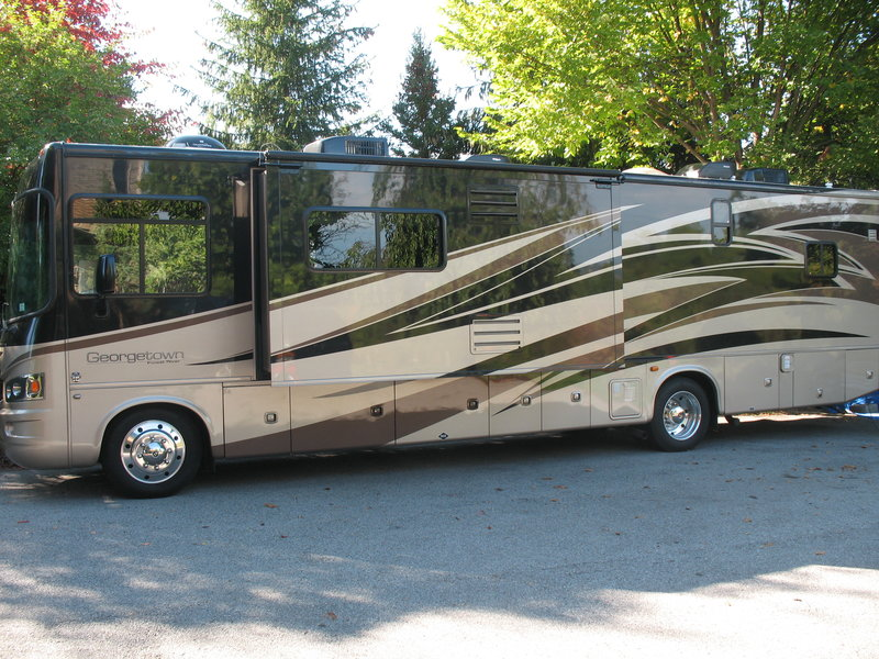 2012 Forest River Georgetown 373DS