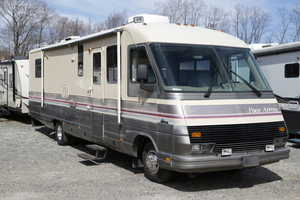 1990 Fleetwood Pace Arrow 34L