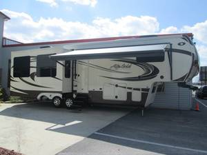 2014 Lifestyle Luxury RV Alfa Gold 3010RE