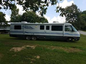 1994 Airstream Land Yacht 36