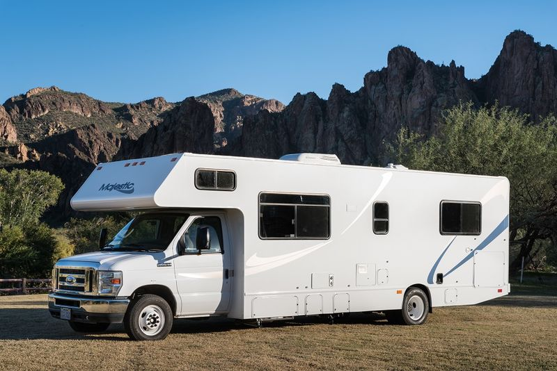 2012 Thor Motor Coach Majestic 28a Class C Rv For Sale In