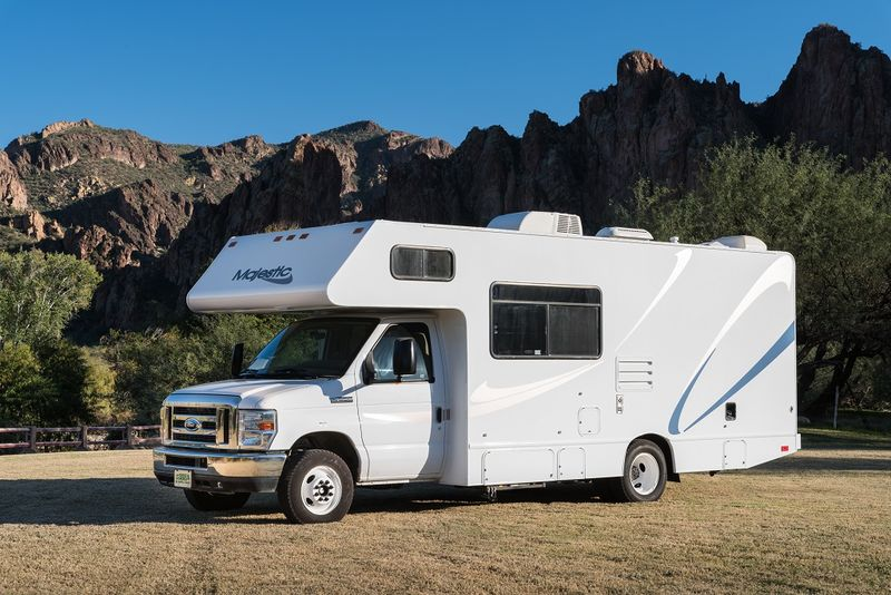 2012 thor motor coach majestic 23a class c rv for sale in for Motor homes los angeles