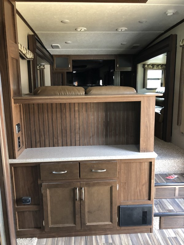 2017 Keystone Montana High Country 3731FL