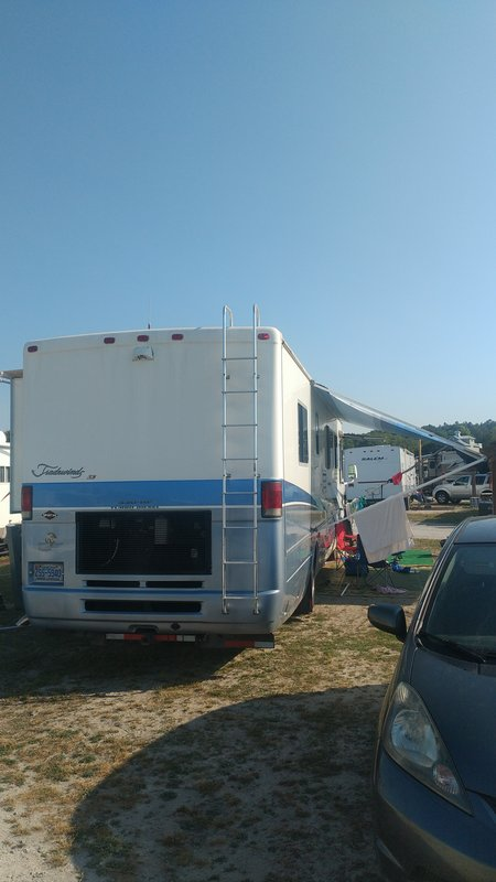 2001 National RV Tradewinds LE LE