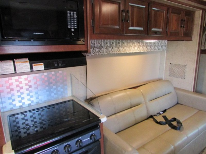 2016 Forest River Sunseeker m-2860dsf