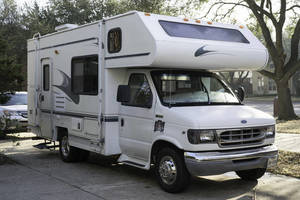 1998 Coachmen Shasta TRAVELMASTER