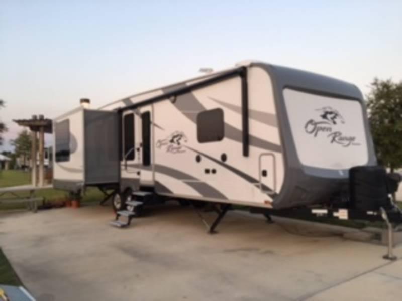 2017 Highland Ridge RV Roamer 337RLS