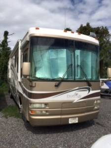 2005 National RV Tropical LX T350XL
