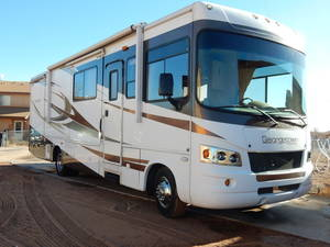2009 Forest River Georgetown 330TS