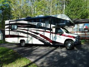 2012 Fleetwood Tioga Ranger 28Y