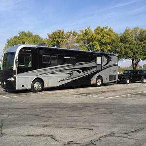 2007 Fleetwood Revolution LE LE Series M-40V Spartan 400hp
