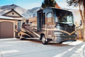 2009 Coachmen Pathfinder 405FK
