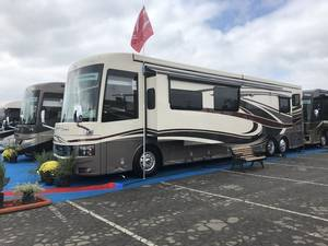 2019 Newmar Mountain Aire 4534