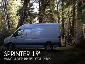 2010 Mercedes-benz  Sprinter 2500 High Roof 144-in. WB