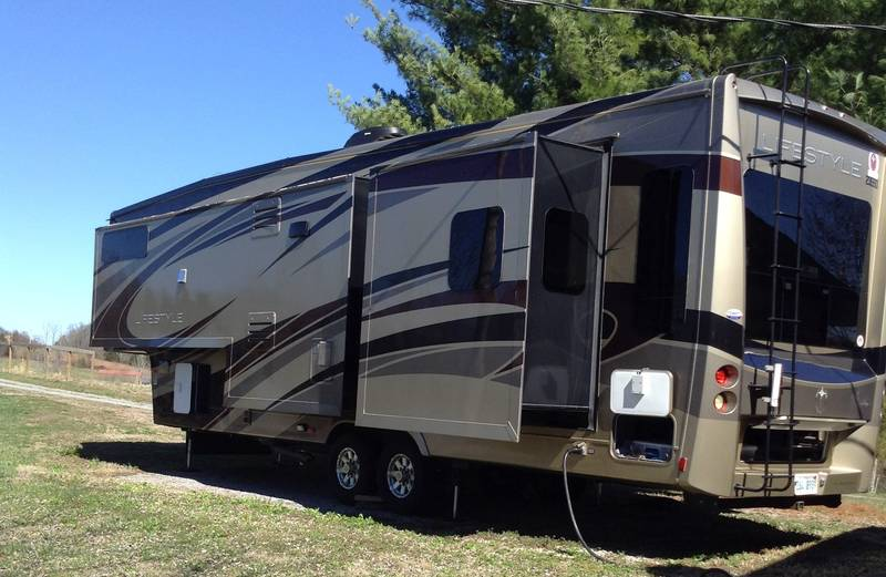 2013 Lifestyle Luxury RV Lifestyle LS37CKSL