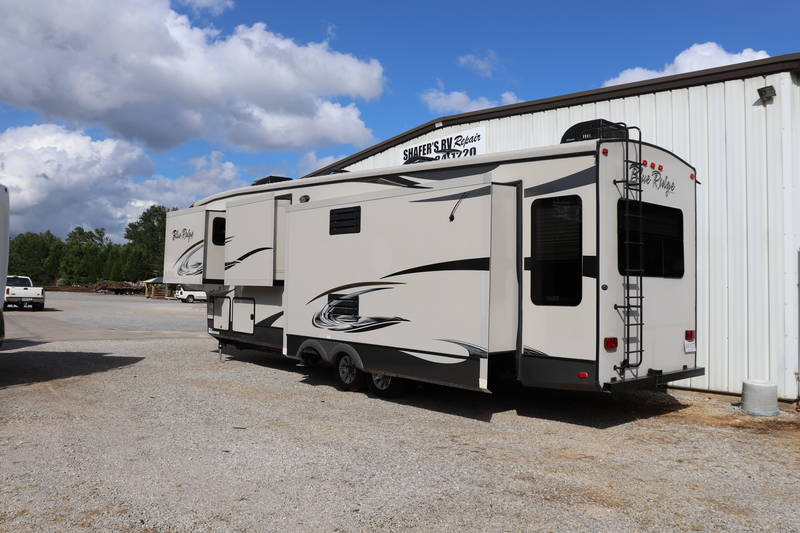 2014 Forest River Blue Ridge 3775RL