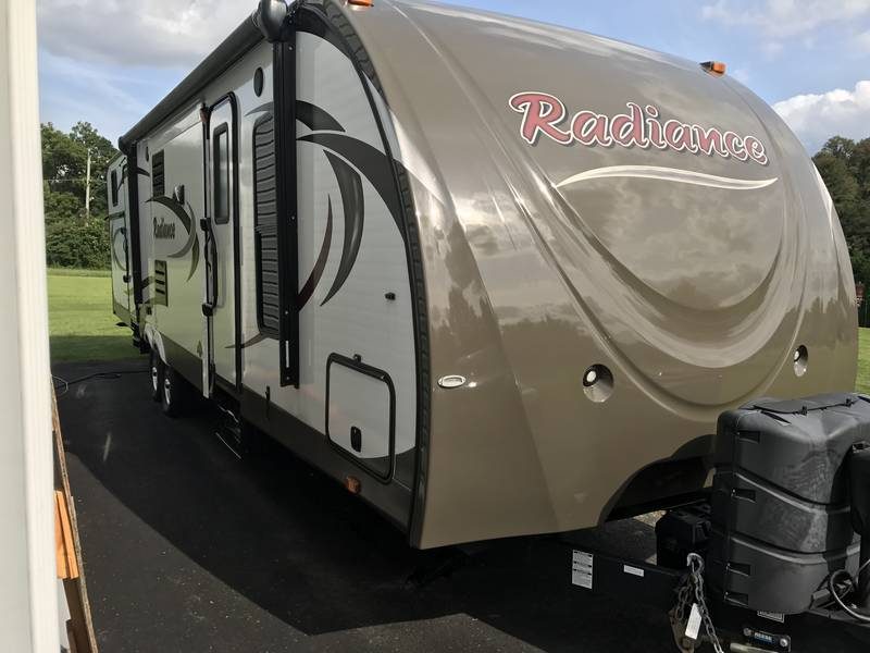 2014 Cruiser RV Radiance 32KISB