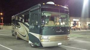 2006 National RV Tropical T330