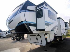2021 Keystone Montana 3761FL