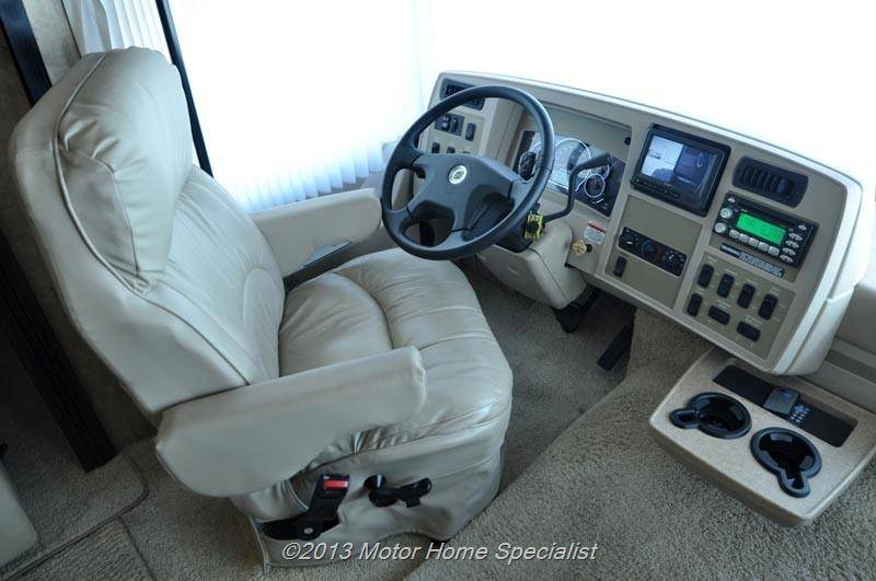 2007 Winnebago Adventurer 38J