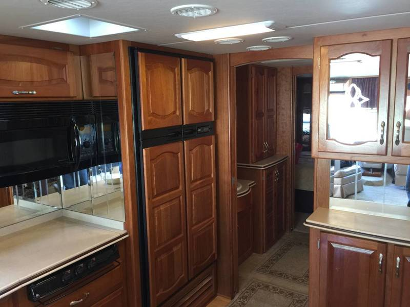 2005 Newmar Mountain Aire