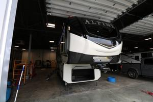 2021 Keystone Alpine 3120RS