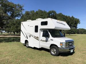 2010 Four Winds Majestic 19G