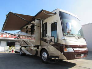2008 National RV Pacifica 36A